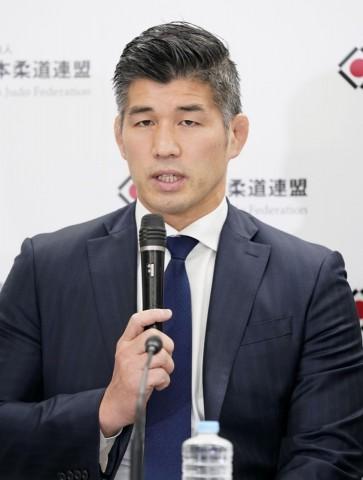 Kosei Inoue, head coach da seleção masculina japonesa, na coletiva de anúncio da equipe olímpica. Foto: Kyodo News