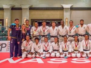 Brasil é prata na disputa por equipes mistas e fecha Mundial Júnior com cinco medalhas