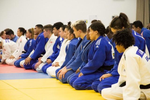 Aritgo: Níveis de atenção concentrada em atletas de judô