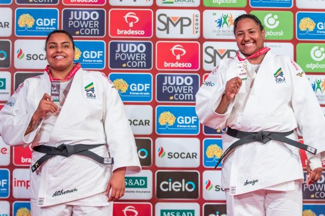 Maria Suelen Altheman e Beatriz Souza representarão o Brasil no peso pesado feminino no World Masters Qingdao. Foto: Rafal Burza / CBJ