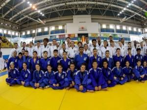 Base tem ótimo desempenho na Espanha, fechando competição Sub-18 com nove medalhas e segundo lugar no quadro geral