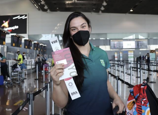 Mayra Aguiar embarcou para sua quarta Olimpíada. Foto: Lara Monsores/CBJ