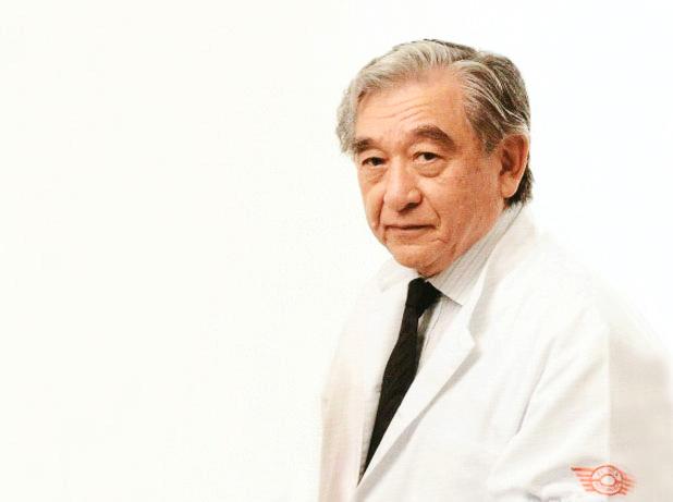 O professor Kôdansaha era também médico e uma referência mundial em neuro-ortopedia