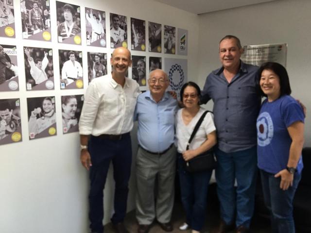 Presidente Silvio Acácio Borges recebe visita do sensei Tadao Nagai, na sede da CBJ. Foto: Lara Monsores/CBJ