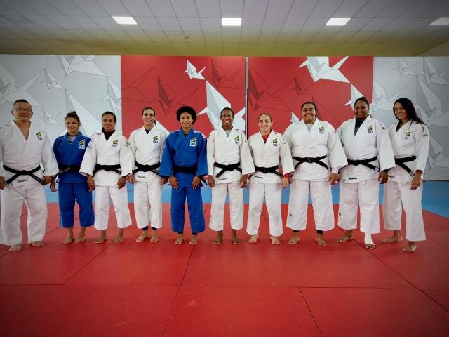 A equipe feminina brasileira convocada para o Campeonato Pan-Americano contará com 8 judocas. Foto: Lara Monsores/CBJ