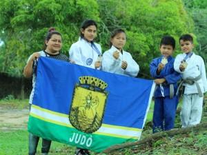 Atletas indígenas de São Gabriel da Cachoeira brilham no judô do Amazonas