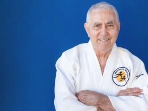 Sensei Geraldo Bernardes receberá o Troféu COI na cerimônia do Prêmio Brasil Olímpico