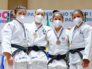 Judô brasileiro tem dobradinhas no 48kg e 57kg, e fecha Open de Guadalajara com sete medalhas