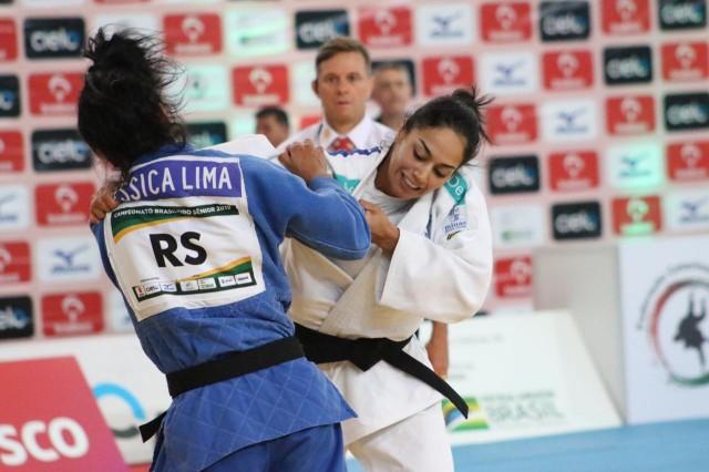 Mariana Silva (MG) x Ryanne Lima (RS). Foto: Franciele Cecília/FCJ