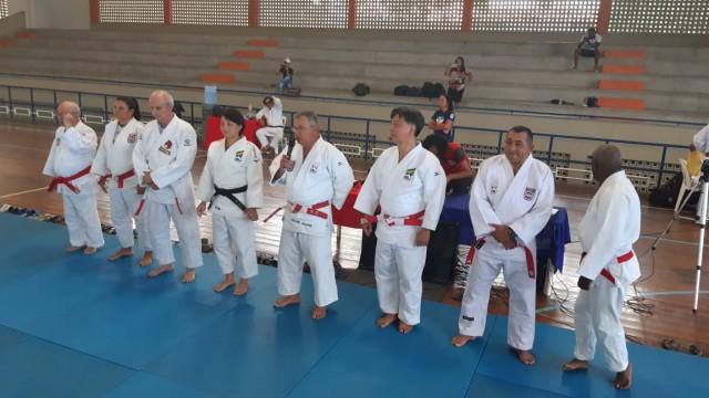Seminário de Arbitragem e Credenciamento Técnico contou com o sensei Edison Minakawa e a técnica da seleção masculina sênior, Yuko Fujii. Foto: Divulgação
